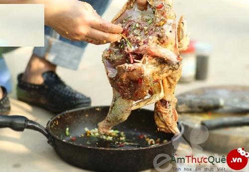 Cách làm gà nướng than hoa